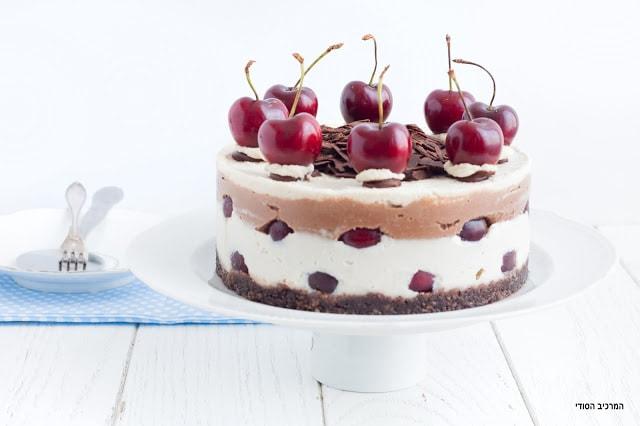 עוגת יער שחור טבעונית