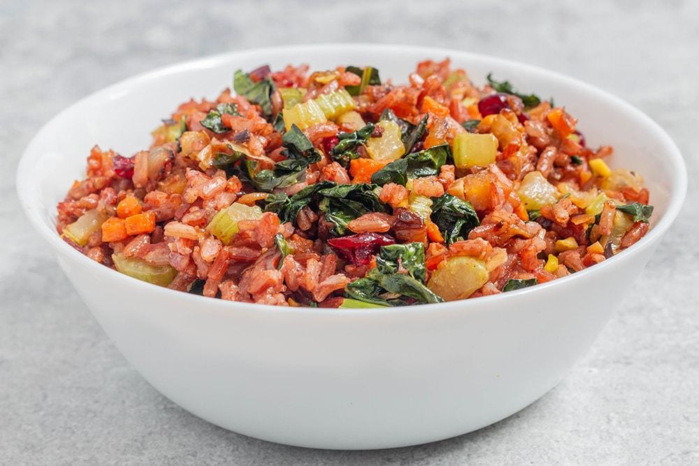 דלעת ערמונים במילוי תבשיל אורז אדום טבעוני ללא גלוטן