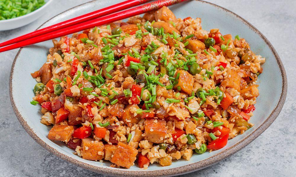 אורז כרובית טבעוני מטוגן ללא גלוטן