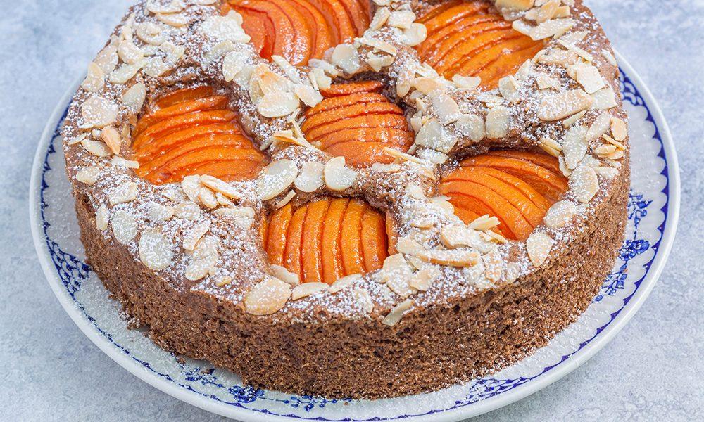 עוגת משמשים טבעונית מקמח כוסמין מלא
