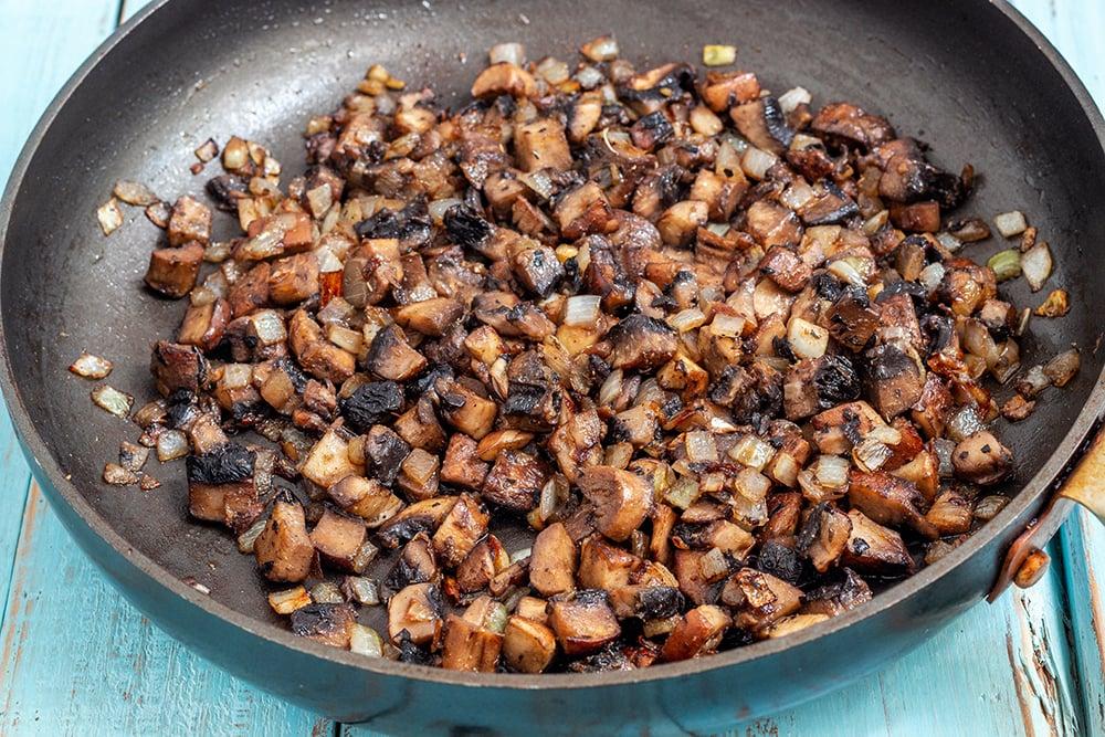 קציצות פטריות ואורז טבעוניות ללא גלוטן