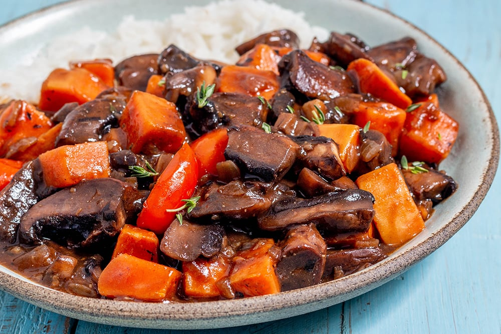 תבשיל פטריות ובטטה טבעוני