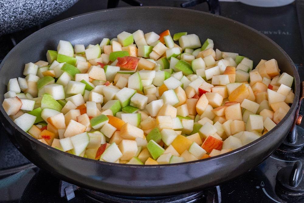טארט תפוחים טבעוני עם מרנג