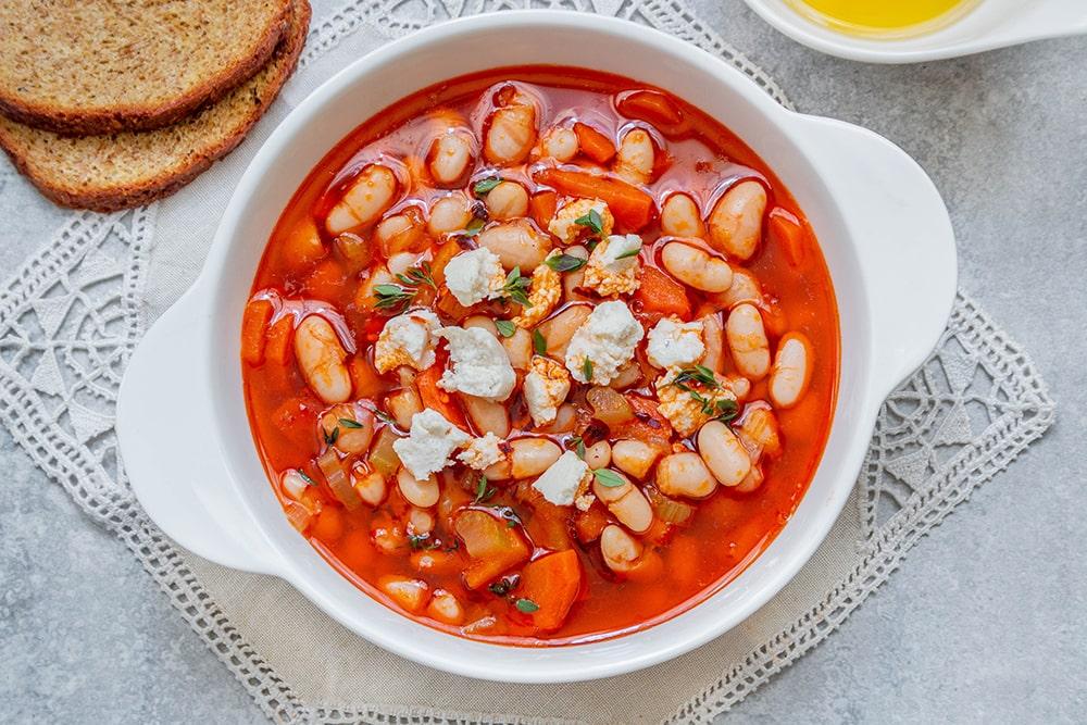 מרק שעועית לבנה יווני – פסולאדה