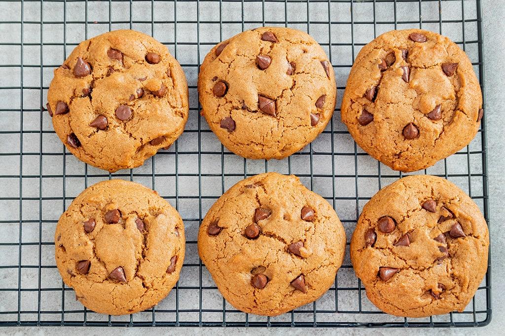 עוגיות שוקולד צ'יפס טבעוניות מקמח כוסמין מלא