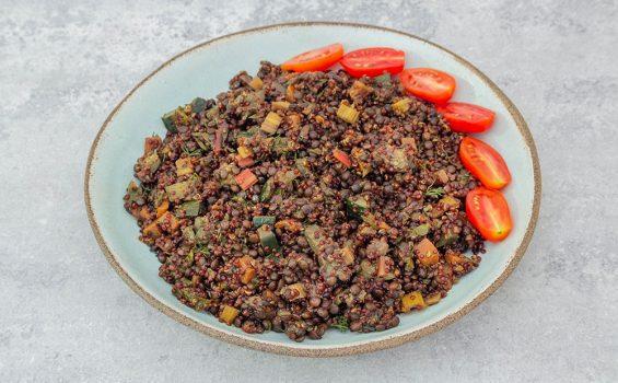 תבשיל קינואה טבעוני עם עדשים וירקות_ראשי_1000