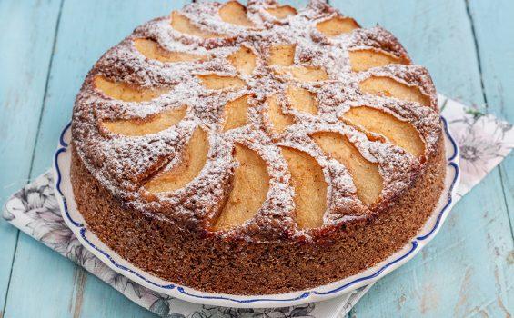 עוגת תפוחים טבעונית ללא סוכר מקמח כוסמין